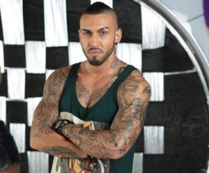 poza alex velea tatuat