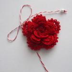 Martisor crosetat - floare rosie