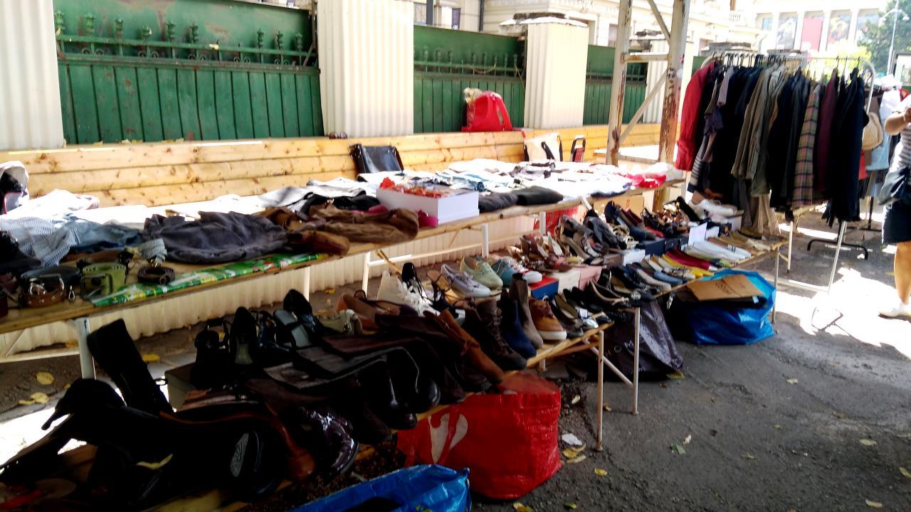 Second hand flea market