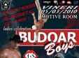 budoar boys in motive room